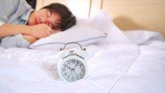 不正确的睡眠方式也会导致脱发